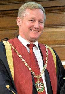 Stuart Reid, RCVS President (2014-2015)