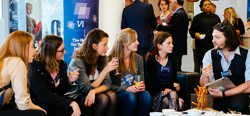 People during a ViVet Innovation Symposium 2017 Interval